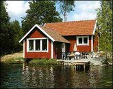 Cottege Smaland  by a lake, own jetty sauna boat