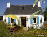 Cheap holiday in Brittany for 2 people