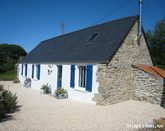 Luxury gite, 5 mins to the sea, sleeps 6/7 plus baby